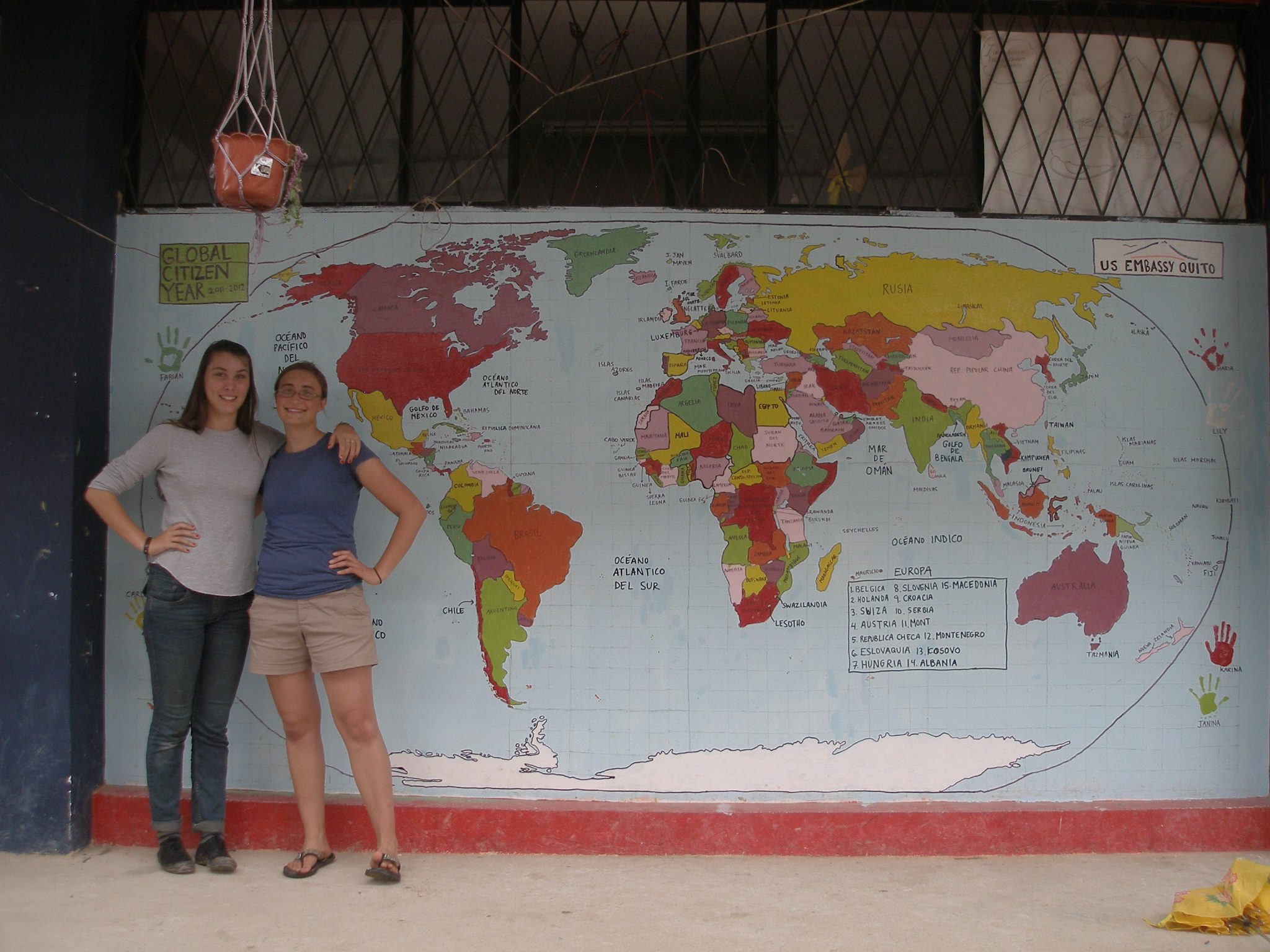 Painting the World: The World Map Project